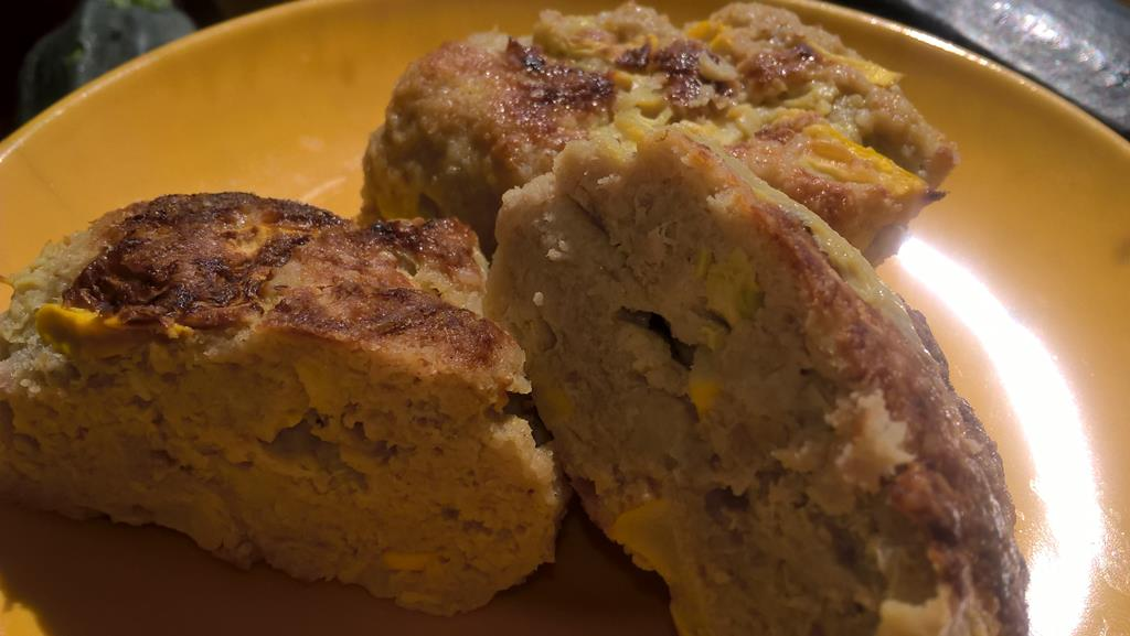 kotlety mielone z cukinią i serem feta
