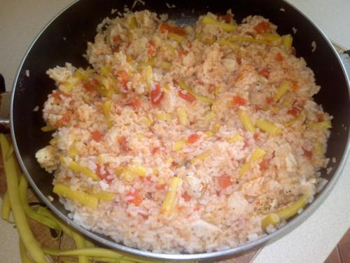 fasolka z ryżem i kurczakiem